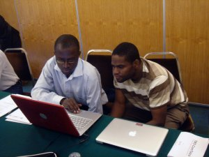MalariaGEN Data Fellows Drs Tobias Apinjoh and Lucas Amenga-Etego at a data analysis workshop, Nairobi, 2009. Photo credit: Victoria Cornelius.